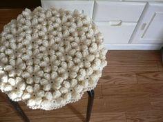 手編みの円座 お花モチーフ オフホワイト chair cover