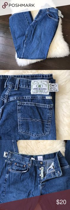 """EUC Lucky Brand 👖 ✔️SZ 10. Button fly. Women's lowceise easy fit flare. 100% cotton. Ask all questions before purchase.                                                                 ✂️waist 30"""" inseam 31"""" length 42"""".                     -9 /2:49- Lucky Brand Jeans Flare & Wide Leg"""