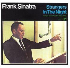 FRANK SINATRA - STRANGERS IN THE NIGHT CD (Reprise Records)
