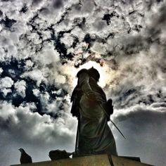 """Bolivar by Pietro Tenerani #instagramyourcity #bogota @socialmediaweek @smwbog #colombia #igerscolombia #doctorchapu"" by @doctorchapu"