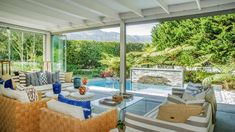 A modern marvel in Constantia for R32 million. Outdoor Furniture Sets, Outdoor Decor, Marvel, Table Decorations, Live, Hot, Modern, Home Decor, Homemade Home Decor