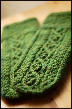 Druid Mittens by brooklyntweed, via Flickr