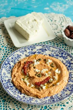 Mediterranean White Bean Dip - Dimitras Dishes White Bean Dip, White Beans, Appetizer Recipes, Appetizers, Serving Plates, Greek Recipes, Fresh Vegetables, Great Northern Beans, Butter Beans