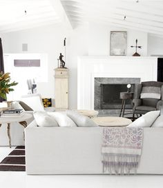 Crazy about these high gloss white floors! Design by Kathleen Clements, featured in June 2012 @verandaonline