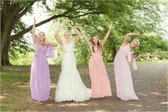Wedding group portraits L.O.V.E #letters #message #bridalportrait #weddingflowers #peonies #weddingdress #weddingbouquet #bride #bridesmaids #oudoor #wedding #helsingborg #portraits #weddingparty #elegant  #vikingsbergsparken #ögonblick #lifestyle #realwedding #romantic #brideandgroom #swedishwedding #photographer #naturallight #porträtt #kullafoto #annalauridsen #bröllop #bröllopsfotograf #bryllup #bryllupsfotograf Bröllop Helsingborg Skåne [Photo by Anna Lauridsen Kullafoto]