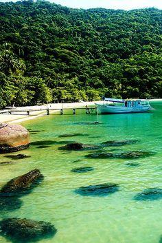 Angra dos reis #brasil #travel #viajes Viajobien.com