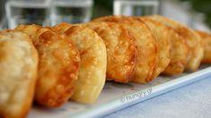 Kitchen Stories: Onion Patties-Kremmydokalitsouna of Chania Dough Machine, Greek Pita, Onion Pie, Kitchen Stories, Homemade Cheese, Fried Onions, Greek Recipes, Fritters, Stuffed Peppers