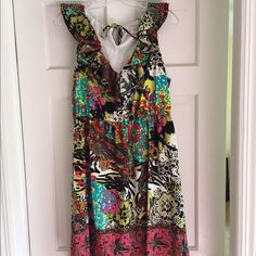 Floral dress New with tags great formal (Spanish style) dress ECI Dresses