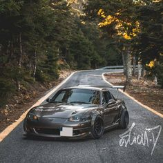 Sweet Miata! MX5 Mazda Mx 5, Mazda Miata, Mx5 Nb, Mazda Roadster, Japanese Sports Cars, Japan Cars, Jdm Cars, Car Pictures, Cool Cars