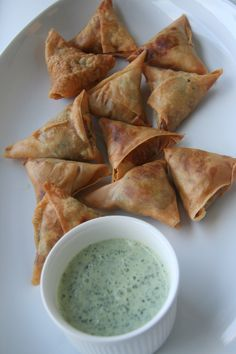 Bbc indian food made easy samosa recipes food channels recipes bbc indian food made easy samosa recipes forumfinder Images