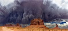 photo Nicholas L - Angry Storm - Monument Valley storm