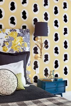 21 Rooms with Bold Wallpaper | 1stdibs