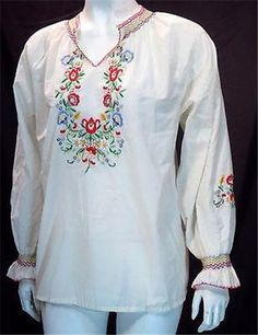 Vintage White Embroidered Peasant Top - Large * #Daffodil #PeasantDress #Casual
