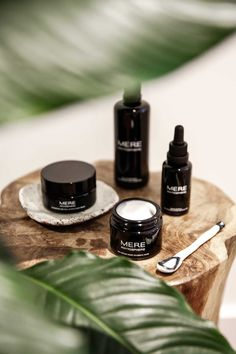 Outstanding beauty care tips are offered on our website. Read more and you wont … - Cosas Que Debes Saber Para Una Piel Sana E Cosmetics, Natural Cosmetics, Beauty Care, Beauty Skin, Beauty Hacks, Diy Beauty, Homemade Beauty, Beauty Blogs, Luxury Beauty
