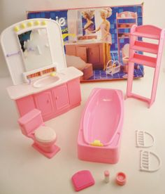 "Lot 3 Barbie Sets So Much to do Living Room Barbie ""Bathroom Playset"" Barbie Pool 