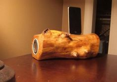 Wooden Speaker Docks to amplify your iGadgets | Designbuzz : Design ideas and concepts