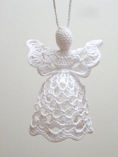 This white crochet angel is handmade from cotton and MADE TO ORDER. It is about 11 cm tall and about cm wide. Other colors of angel or ribbon easy angel decoration ideas for Christmas I am really going to attempt this one, but maybe with a big p Christmas Angel Decorations, Crochet Christmas Ornaments, Crochet Snowflakes, Holiday Crochet, Christmas Bells, Christmas Angels, Christmas Ideas, Thread Crochet, Diy Crochet