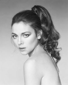 Kim Cattrall is beautiful now but she was stunning when she was a lot younger. I love her with dark hair as well.