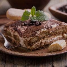 Het klassieke Italiaanse dessert is nóg lekkerder met een Spaanse twist: deze Tiramisu met Licor 43 is om je vingers bij af te likken.