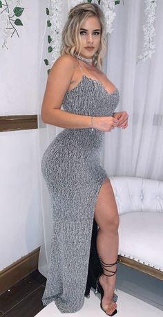 Khloe Kardashian Style, Pernas Sexy, Tight Dresses, Sensual, Curvy Fashion, Pretty Woman, Fit Women, Engine Tattoo, Dress Skirt