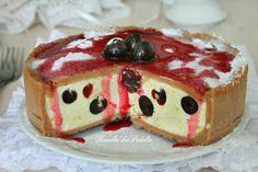 Torta pasticciotto fredda, con crema e amarene