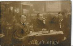 Vintage sepia photo men in cafe, cigar, newspaper, enterior cca. Vintage Photographs, Vintage Photos, Victorian Portraits, Bathing Beauties, Laguna Beach, Cigars, Old Photos, Newspaper, 1930s