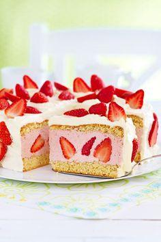 Ein Klassiker unter den Erdbeertorten! #erdbeeren #torte