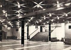 """Kino """"Kosmos"""" - wnętrze, Szczecin, 1966 / """"Kosmos"""", cinema's interior, Szczecin, Poland, 1963"""
