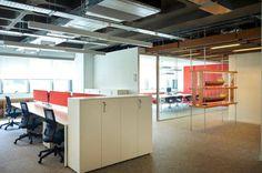 Παρουσιάζοντας την #Chilewich σε ναυτιλιακά γραφεία στην Κύπρο | #μοκεταπλακακι από νήματα pvc | #design #MELKAΕΠΕ | αρχιτέκτων #ΚωνσταντίνοςΚασκαρέλης | προμήθεια υλικού από την #Αslanoglou #officeinteriors #office #modernofficedesign #modernarchitecture #officecarpet #μοκεταγραφειου #μοκετα #contractcarpet