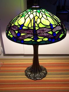 TA10607 Lady Accent Table Lamp