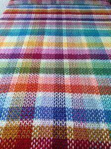 IMG_1173 Scrap Yarn Crochet, Plaid Crochet, Knit Crochet, Basic Crochet Stitches, Tunisian Crochet, Tartan, Afghan Crochet Patterns, Knitted Blankets, Crochet Fashion