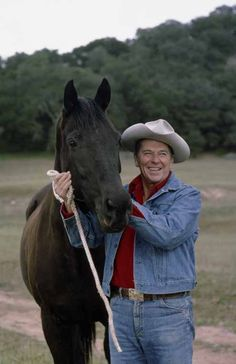 "Ronald Reagan with horse ""Little Man"" at Rancho Del Cielo, February, Greatest Presidents, American Presidents, Us Presidents, American History, Republican Presidents, American Pride, 40th President, President Ronald Reagan, Ronald Reagan Quotes"