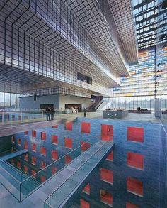 Beeld en Geluid in Hilversum: imposant en kleurrijk gebouw, geschikt voor is voor evenementen van 40 tot 1.500 personen.