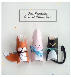 """Free Printable Animal Pillow Box for tiny treats, candies and gifts. Cute stocking stuffers for Christmas gifts or """"nametag"""" alternative on birthday gifts (hang from ribbon) also darling for valentines day or for party favors. Kids Crafts, Easter Crafts, Craft Projects, Toilet Paper Roll Crafts, Diy Paper, Paper Crafting, Diys, Ideias Diy, Pillow Box"""