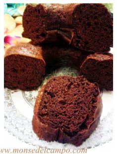 Greek Yogurt Brownies: This slimmed-down brownie sheds over 150 calories from traditional recipes. Dessert Simple, Beautiful Cake Pictures, Beautiful Cakes, Chocolate Mousse Cake, Chocolate Brownies, Chocolate Chips, Healthy Desserts, Easy Desserts, Greek Yogurt Brownies