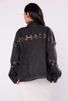One I Want Denim Jacket Black 2019 One I Want Denim Jacket Black The post One I Want Denim Jacket Black 2019 appeared first on Denim Diy. Teen Fashion Outfits, Edgy Outfits, Grunge Outfits, Denim Fashion, Cute Outfits, Diy Clothing, Custom Clothes, Look Jean, Painted Denim Jacket