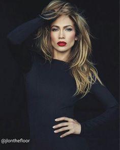 "Jennifer Lopez on Instagram: ""Follow: @jlonthefloor 😍😘👑 @jlo @jlonthefloor . . . . #jlo #jennifer #jenniferlopez #singer #american #idol #dancer #music #musicvideo #song #jlovers #jlovegas #allihave #vegas #actress #beautifulvoice #voice #beautiful #queen #dreamgirl #beyondbeautiful #gorgeous #dress #redcarpet #flawless #amazing #booty #hot #sexygirl #kiss"""