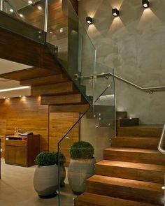 WEBSTA @ dileiabezerra_arquiteta - Good night!!! Escada Mara!!!! 👻 dileia_bezerra. 💛 Assim eu amo!!! Sigh tbm @dileia_bezerra -----Referência da Noite ✔️ Se o projeto for seu marque aqui 😍 Amazing!!!!!!!! #decordecoration #decorazione #home #estilos #cool #moda #design #ambientes #trend #tendências #interiores #arquitetura #arquiteta #amazing #dileiabezerra #arquiteta #style #instamood #instadecor #cidades #conceitos #criatividade #solucoesarquitetonicas #contrateumaarquiteta.
