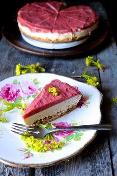 Roasted Rhubarb + Vanilla Cream Raw Pie - Naked Cuisine
