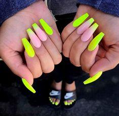 Unghii cu Gel galbene neon