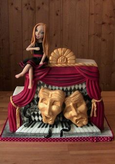 Theatre - Cake by Eliska