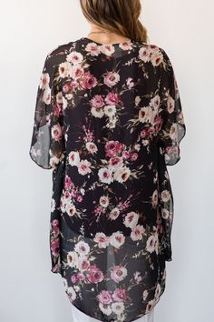 Floral Kimonos, Kimono Style, Fall Outfit Inspiration, How to Wear Florals for Fall, Women's Boutique