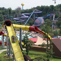 At Holiday World Theme Park & Splashin' Safari Water Park in Santa Claus, Indiana, Enjoy Roller Coasters, Family Rides, plus Free Soft Drinks and Parking. Water Park Rides, Water Parks, Best Places To Travel, Places To Visit, Holiday World, Vacation Spots, Vacation Ideas, Brick Road, Water Slides