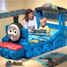 Couch with Thomas & Friends Theme | Thomas The Train Bedroom Decor ...