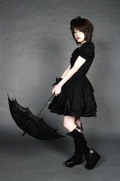Gothic Lolita 01 by on DeviantArt Harajuku Fashion, Lolita Fashion, Gothic Fashion, Estilo Lolita, Japanese Streetwear, Goth Women, Gothic Lolita, Lolita Style, Japanese Street Fashion