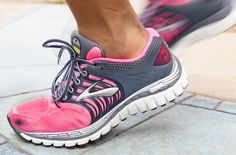 Love these pink and grey runners from @Brooks Running!