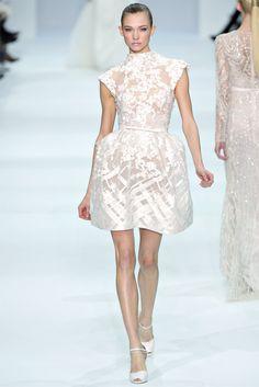 Sfilata Elie Saab Paris - Alta Moda Primavera Estate 2012 - Vogue