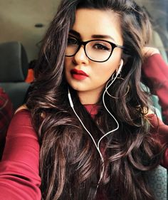 Look Your Best With This Fashion Advice Cute Girl Photo, Girl Photo Poses, Girl Poses, Photo Shoot, Teen Photography Poses, Teen Celebrities, Celebs, Indian Celebrities, Bollywood Celebrities