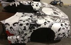 Corvette / hood graphics / full hood wrap / hood scoop / vehicle graphics / skull / hand / dice / gambling