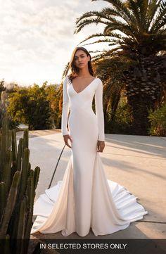 405 Best Wedding Dresses Veils Images In 2020 Wedding Dresses